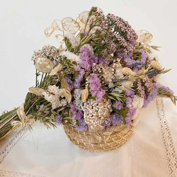Ramo de flores para secar en tonos claros